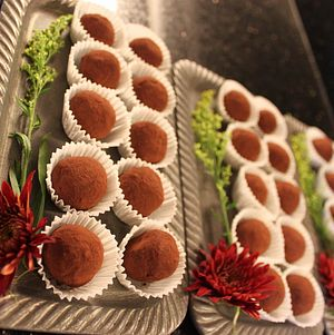 Backyard Wedding in Woodland Hills Dark Chocolate Truffles 1