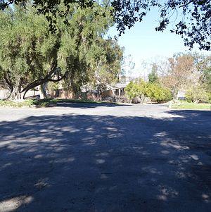 Upper Las Virgenes Parking Lot