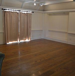 Upper Las Virgenes Living Room Area
