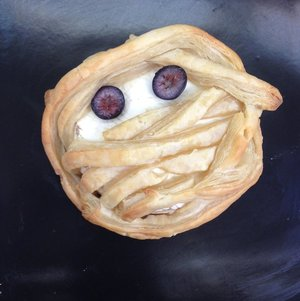 Mummy Brie #Halloween
