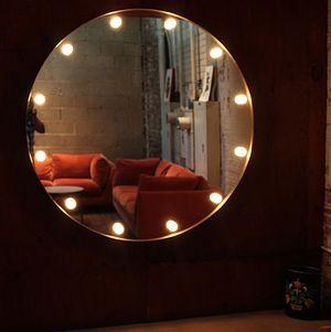 Nina's Lounge @ Millwick