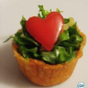 Heart Salad Bite in Parmesan Crisp