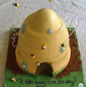 Baby Shower Beehive Cake