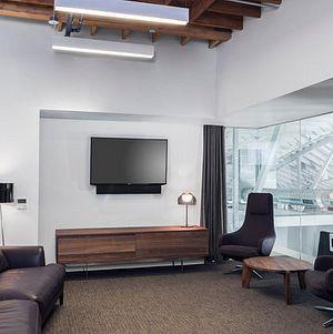 Lightbox VIP Room @ Smashbox Studios