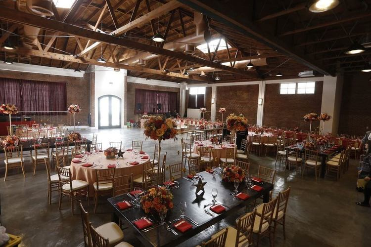 Mix of tables for seated dinner in the Cole space