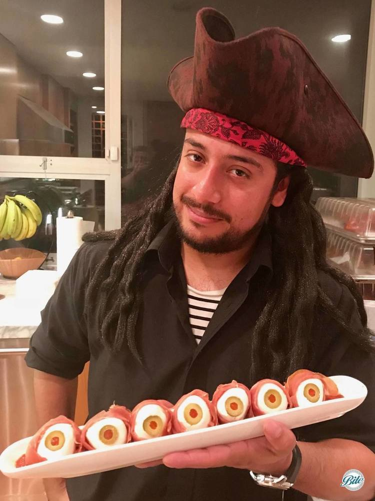 Channelling Blackbeard, our server proudly displays a tray of recently harvested eyeballs from the poor souls who RSVP'd no.  Check out the food...while it checks you out as well...hahahaha