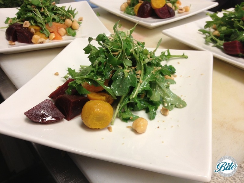 Summer salad with beets, arugula and nuts