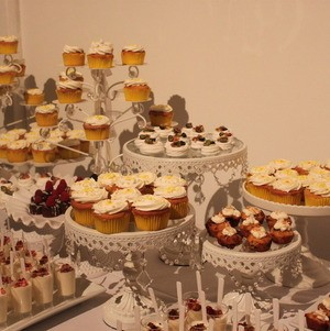 White Vintage Dessert Display @ Wedding