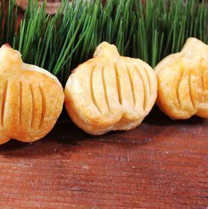 Pumpkin Puffs #Halloween