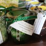 """Old Time Favorite"" jar cake favors"