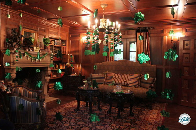 The calm before the storm... A living room decorated for a big St Patricks day party!