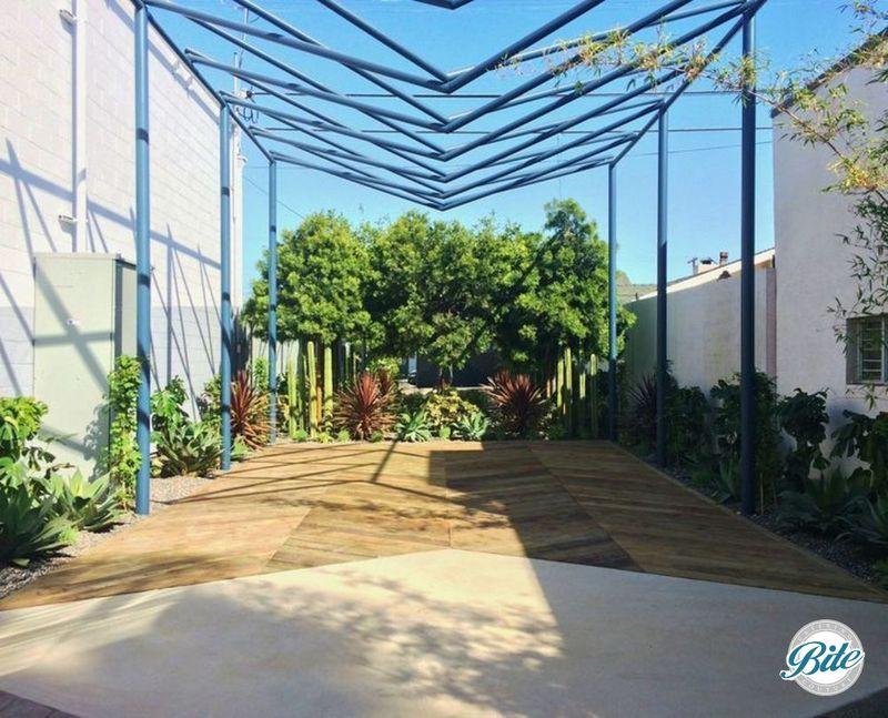 Garden Courtyard @ Washbow