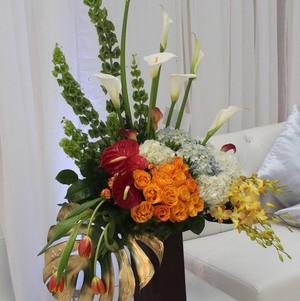 Modern Flower Arrangement @ Bhindi Grand Opening
