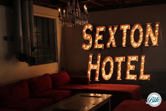 Studio 11 Sexton Hotel Lounge