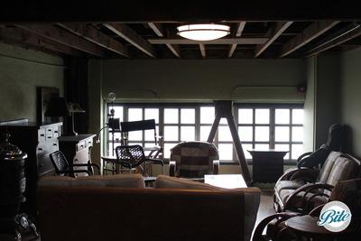 Studio 11 Groom's Suite