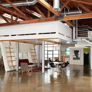 Studio 1342 Studio Alcove